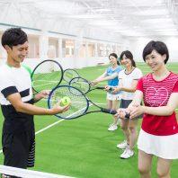365日冷暖房完備で快適! 初心者にやさしいテニススクール ラフ