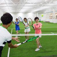 冬こそ、屋内であったかテニスしませんか?