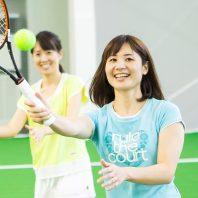 薄着の季節のその前にテニスで楽しくシェイプアップ!!